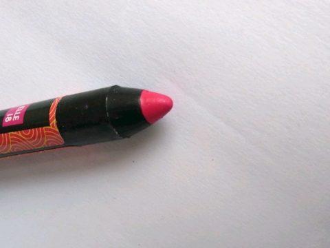 Elle 18 Go Matte Crayon Fuchsia Burst Review
