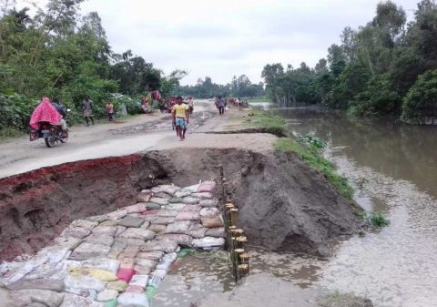 damage floods sundarganj