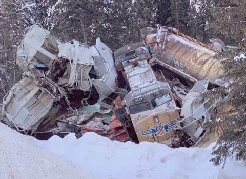 cp rail crash field bc