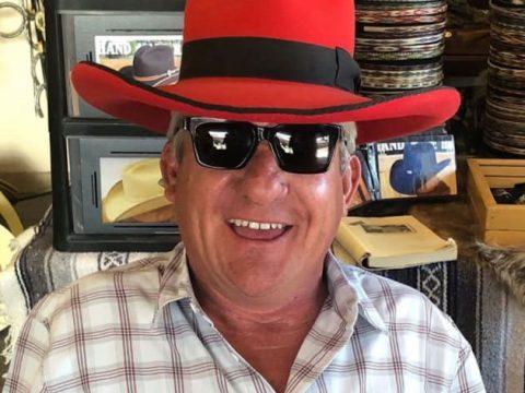 matt roloff in red hat