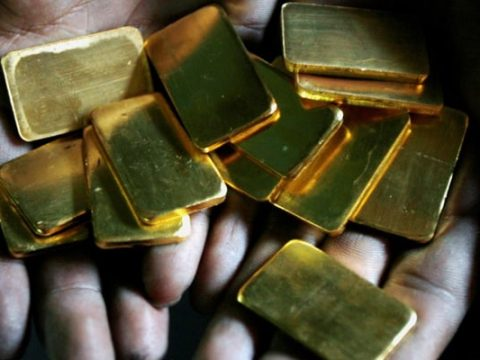 7t2h47i gold mumbai reuters 625x300 03 April 20