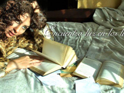 Love for books.Still006