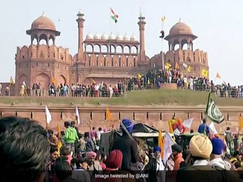 s8p73mfo kisan tractor rally at red fort 625x300 26 January 21